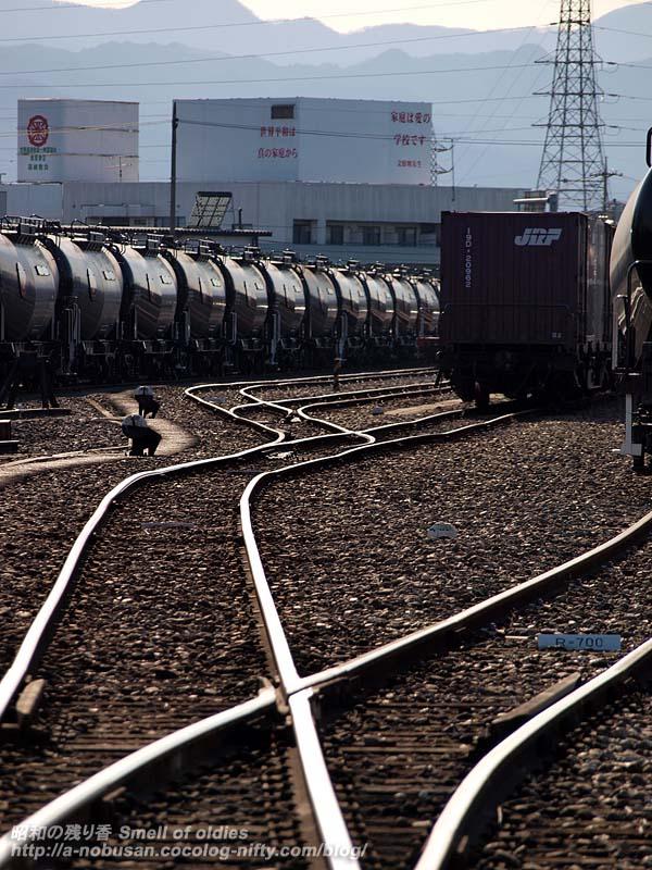 P1044673_railssilhouette