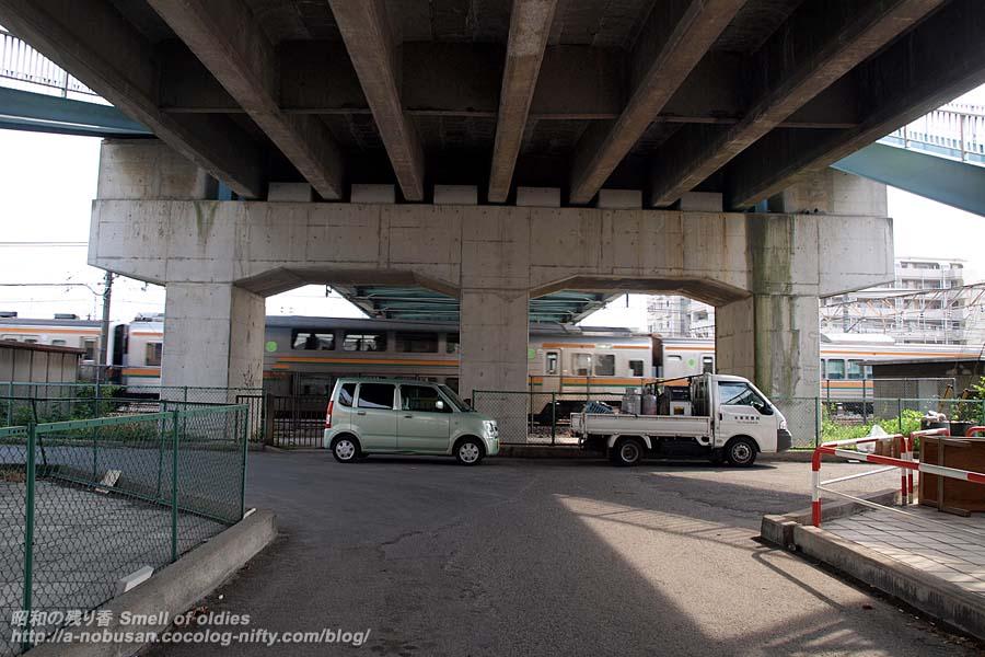 P6120839_greencar