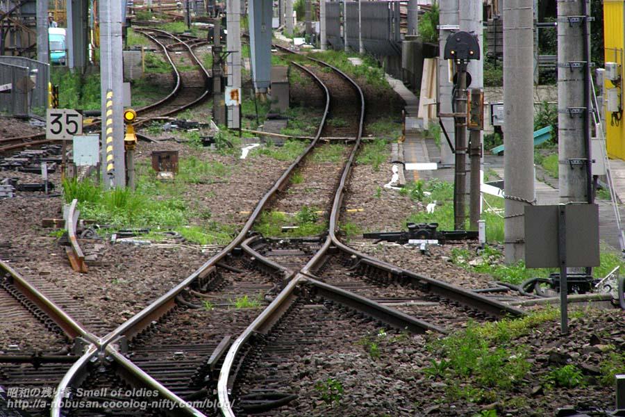 P7280073_local_rail