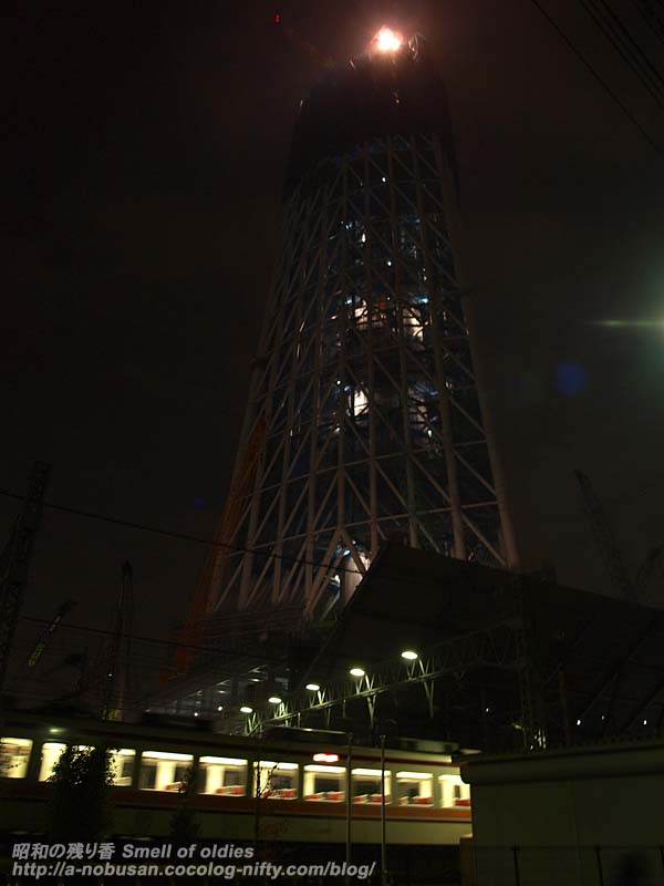 Pb106377_skytree_night