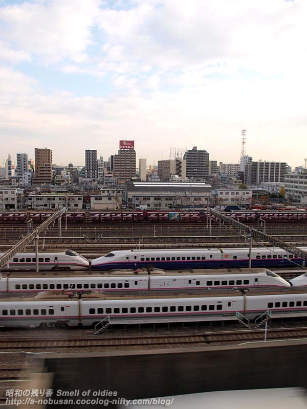 Pb249760_shinkansen_yard