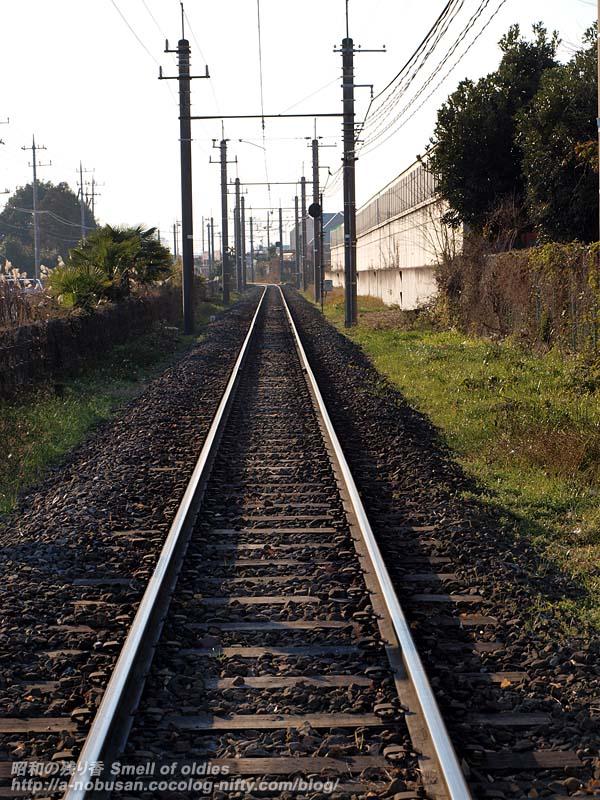 Pc230523_straightrailroad