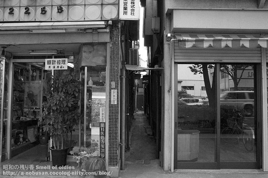 P6130298_machiya_roji