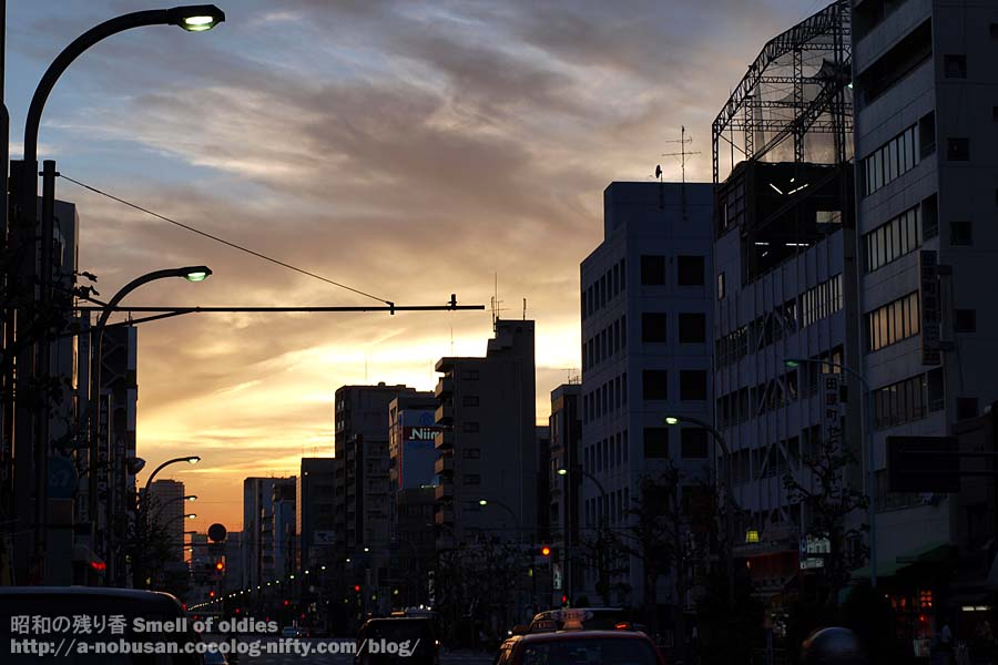 P8070900_sunset_asakusa