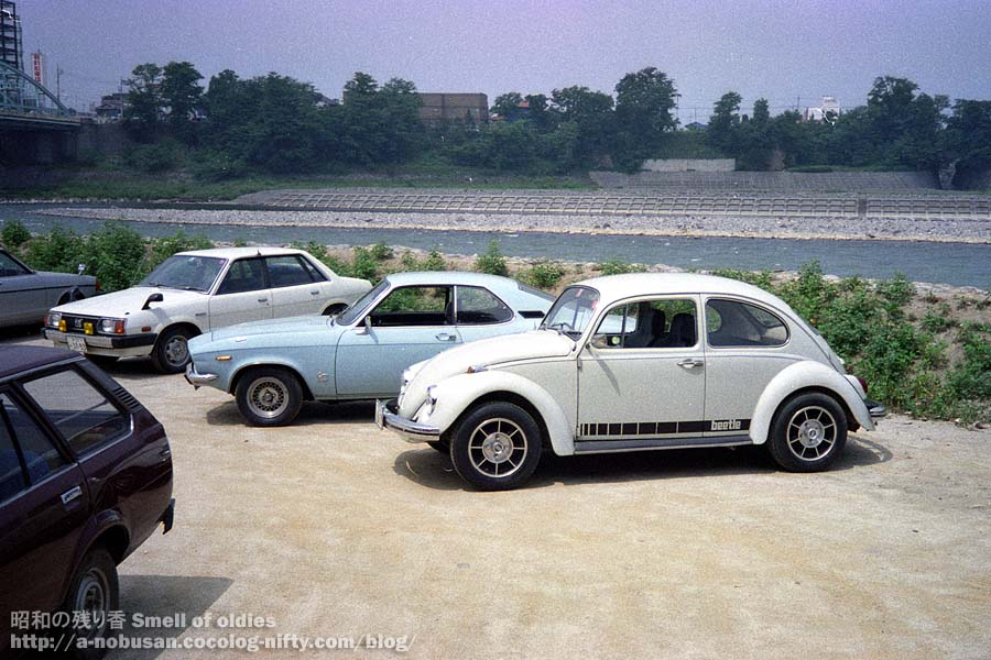 1984_opel_and_vw_beetle