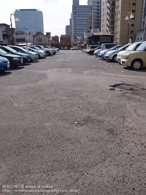 P8290194_wide_parking