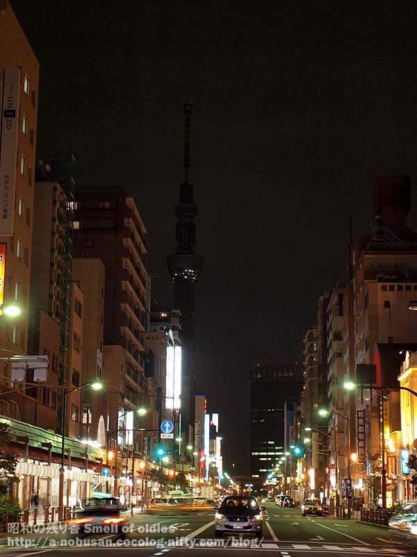 Pb070214_asakusa_sky_tree_night