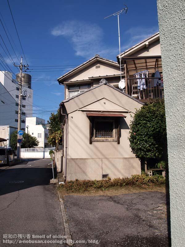 Pb120035_small_kura