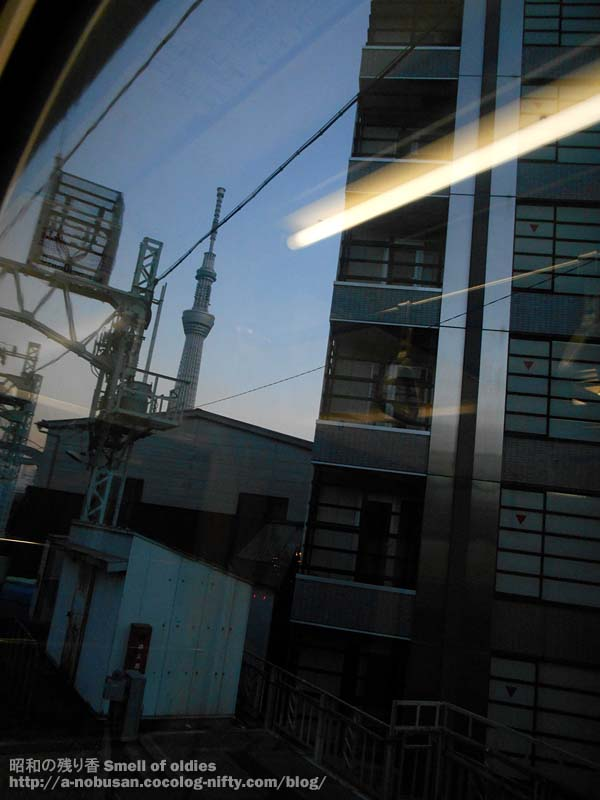 Dscn1541_asakusa_station_sunset